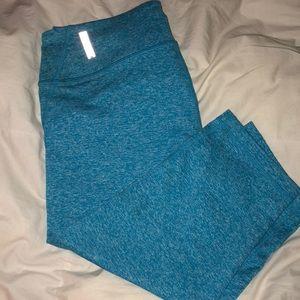Zella crop leggings in bright teal blue